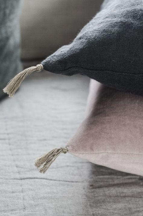 pink and gray burlap pillows