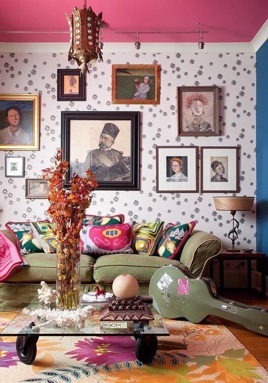 pink patterned wallpaper